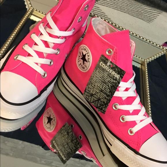 3ff87aa58301 Women s S 7.5 NEON PINK Converse Hi Top Sneakers